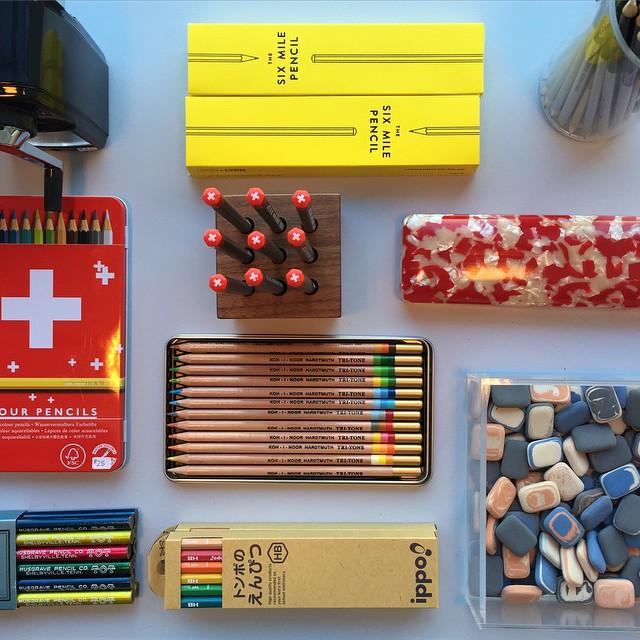 Un cont de Instagram pentru iubitorii de creioane
