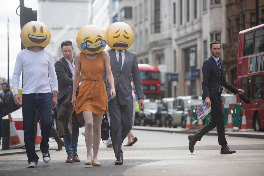 Apple lansează o serie nouă de emoji