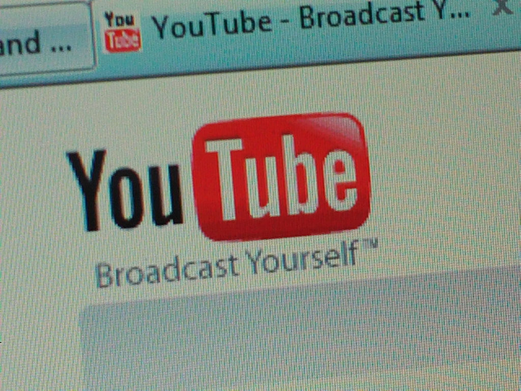 YouTube a lansat un nou tool pentru editarea filmulețelor