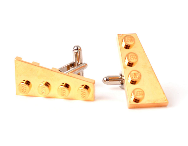 Genți și bijuterii din piese Lego din aur